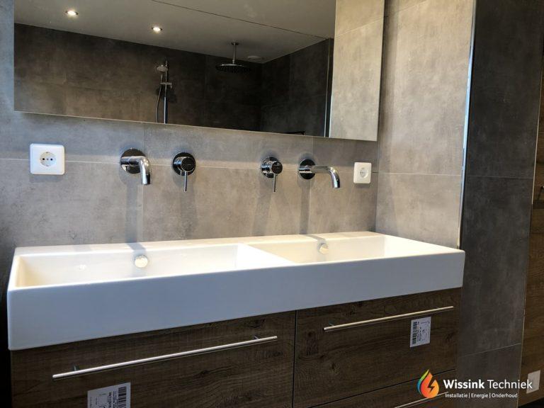 Badkamer en toilet te Denekamp